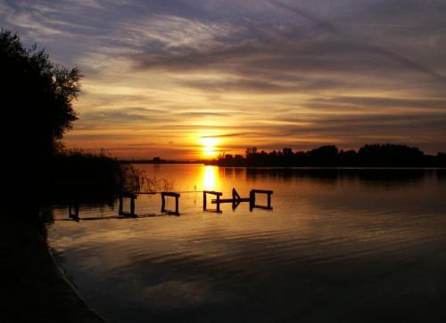 #jezioro #widok #zachód #ZachódSłońca