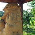Przy kościele w Chodliku #Chodlik #kościół #kapliczka #figura