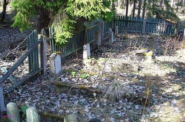 Rostki - nieczynny cmentarz ewangelicki